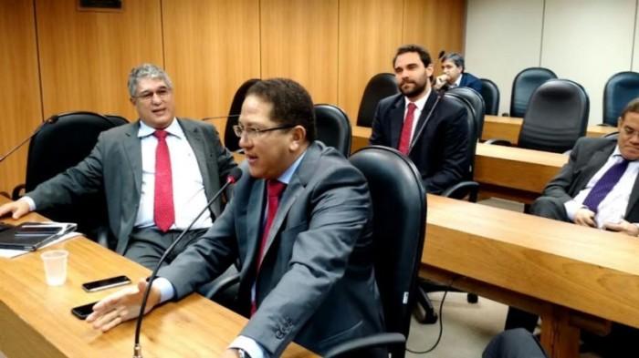 Deputado pede à Justiça que proíba apreensão de veículos por atraso no IPVA e outras taxas