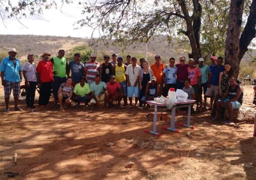 Dom Basílio: Roberval participa de reunião na Comunidade de Salitre