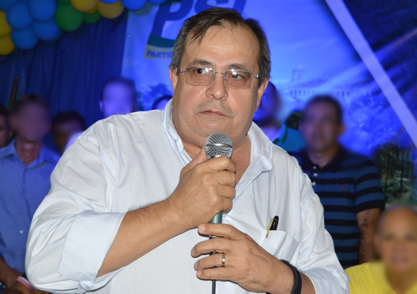 Livramento: Juiz nega tutela de urgência e Carlão continua inelegível