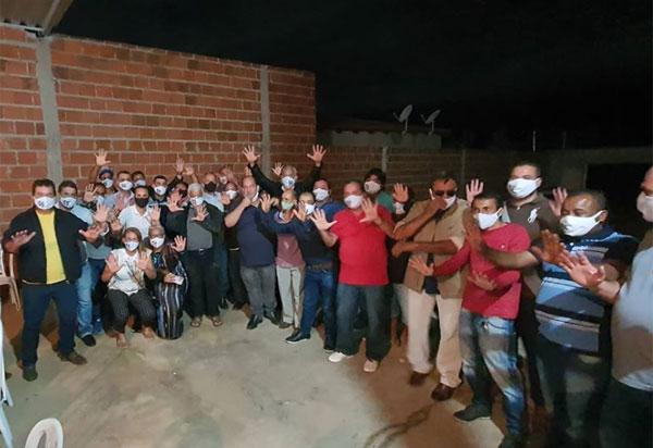 Deputado Marquinho Viana define com pré-candidatos os rumos de Ituaçu
