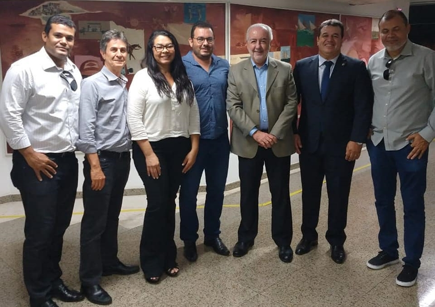 Deputado Marquinho Viana solicita mais obras de infraestrutura para Boquira
