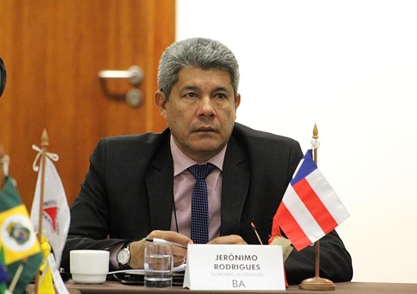 Secretário da Educação diz que Bahia não tem condições de retomar as aulas