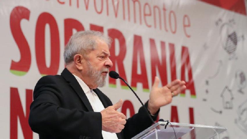 """Lula diz que está """"lascado"""" com processos e quer pedido de desculpa do juiz Sérgio Moro"""