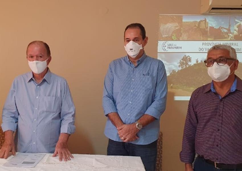 Estado apresenta a prefeitos potencial mineral do Vale do Paramirim