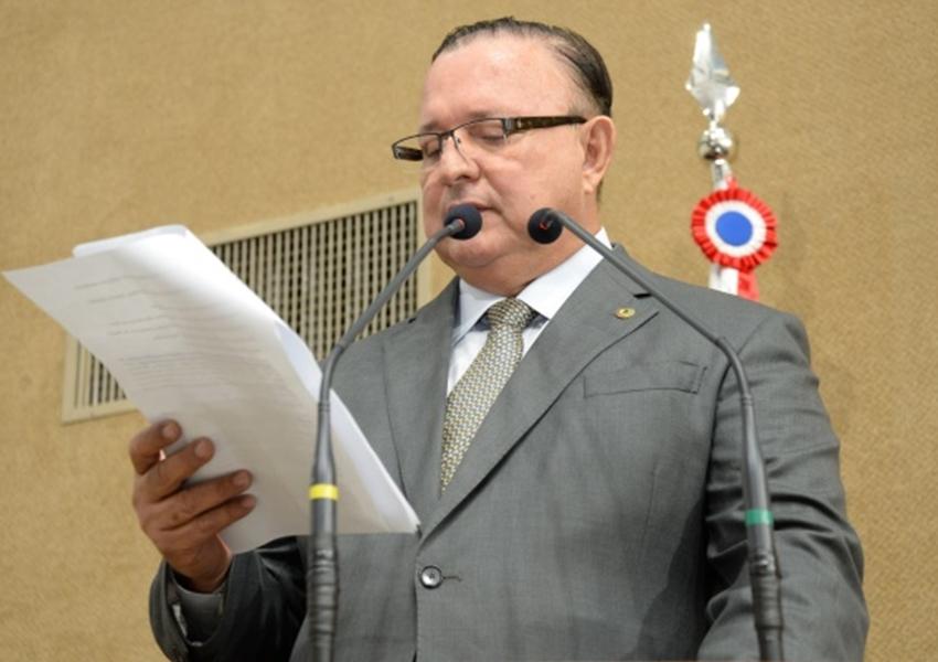 PSD não abre mão de Adolfo Menezes na presidência da Alba