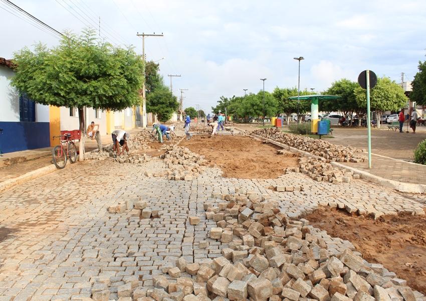 Chuvas causam estragos em vias de Livramento