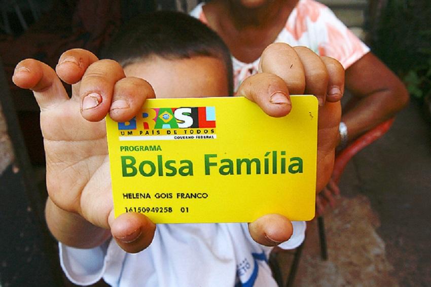 Governo lançará hoje programa para aumentar renda de beneficiários do Bolsa Família