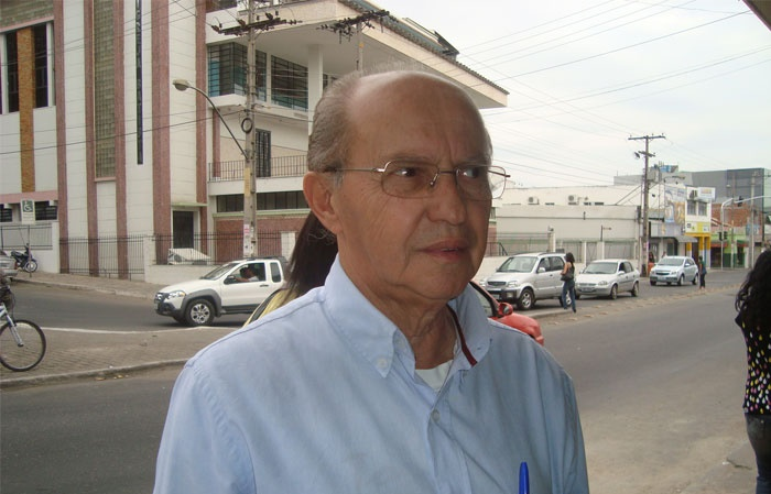 Luciano Ribeiro apresenta Moção de Pesar pela morte do deputado federal Coriolano Sales