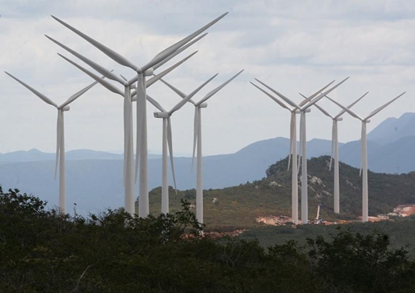 Grupo chinês confirma investimento de R$ 1 bi em energia renovável na Bahia