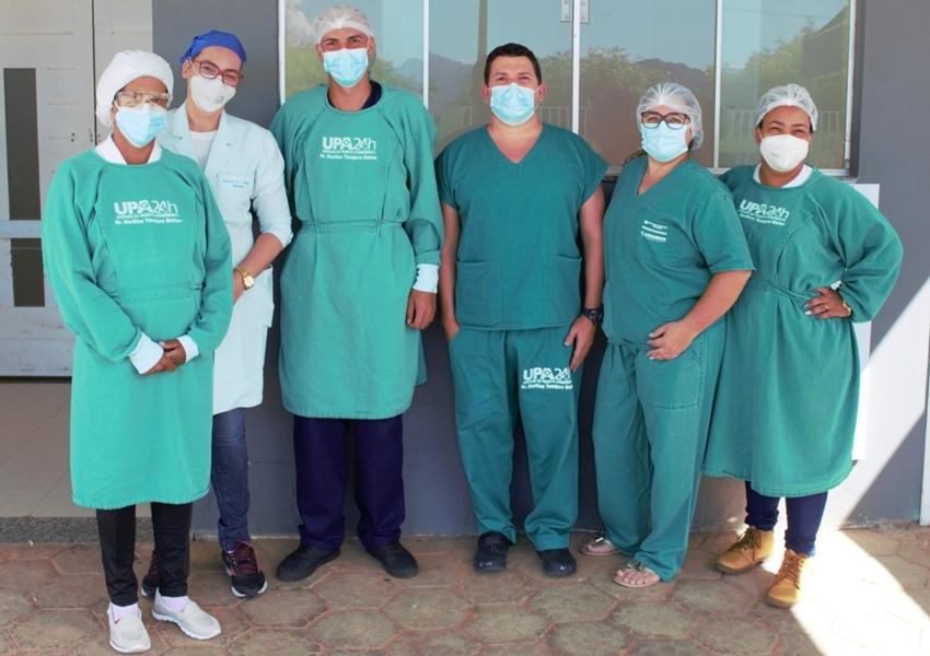 Livramento: Médico Valdemir Teixeira foi o primeiro vacinado com a primeira dose da vacina Coronavac