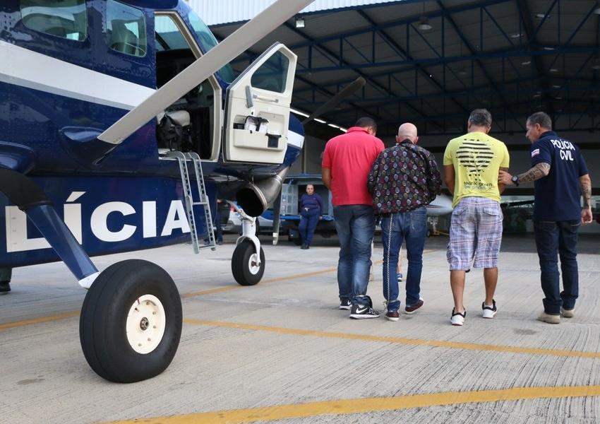 Suspeitos de sequestrar empresário e ex-prefeito de Valença são transferidos para Salvador