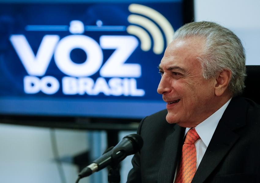 Temer vai sancionar lei que flexibiliza Voz do Brasil