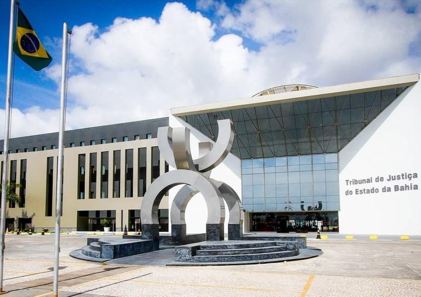 PF interceptou telefones de 18 suspeitos de esquema de venda de sentenças na Bahia