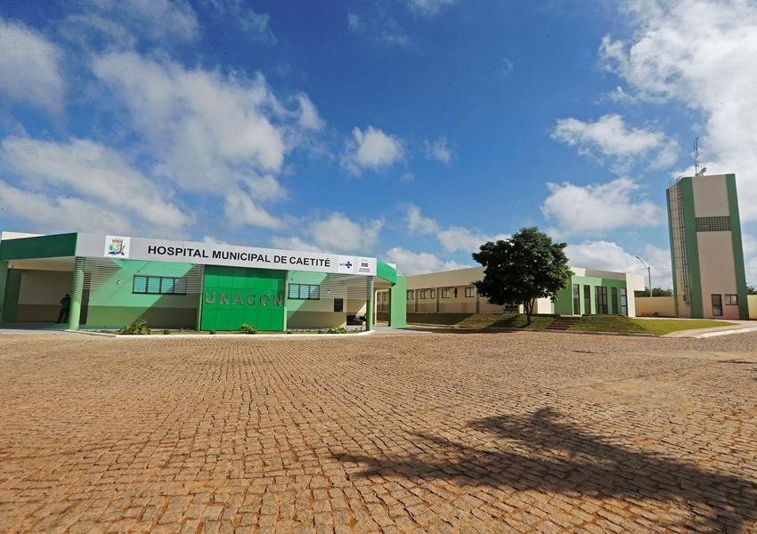 Hospital do Câncer é inaugurado em Caetité com oferta de atendimento a 48 municípios