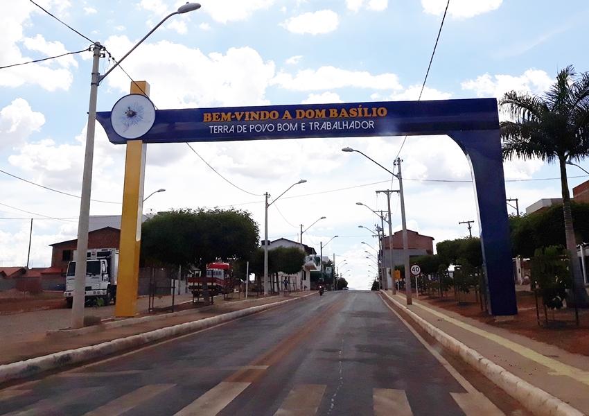 Moradora da comunidade Boa Vista denuncia desvio de água de reservatório para plantação particular em Dom Basílio