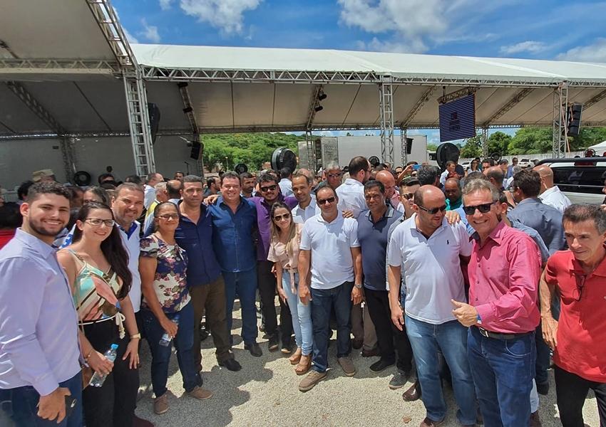 Deputado Marquinho Viana acompanha Rui Costa no município de Brumado