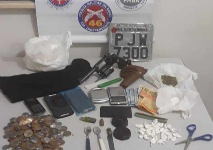 Homem é detido em Livramento acusado de porte Ilegal de arma de fogo e Tráfico de drogas
