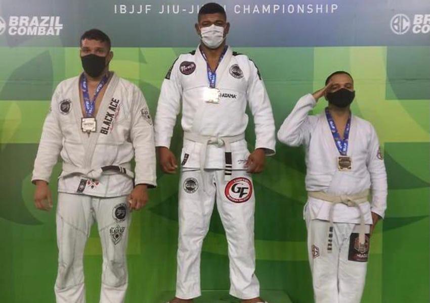 Policial lotado em Livramento ganha medalha em campeonato internacional de Jiu-jitsu