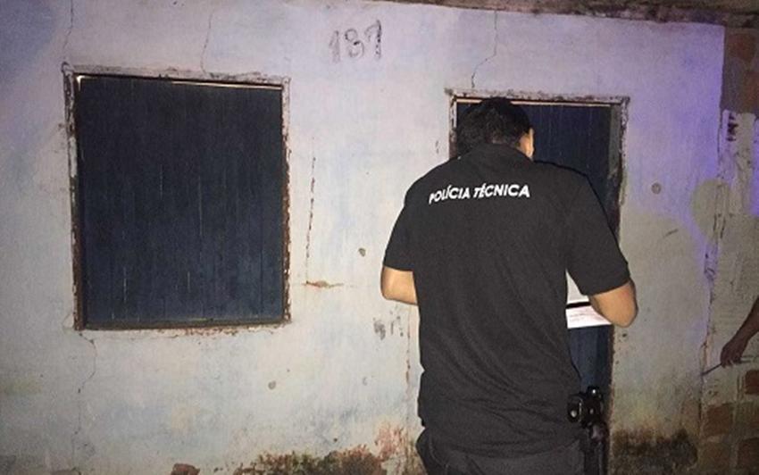 Pai é morto ao tentar defender filho de criminosos em Teixeira de Freitas