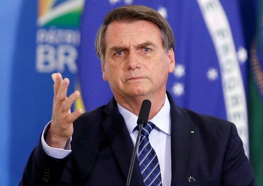 Bolsonaro anuncia fim do DPVAT a partir de 2020