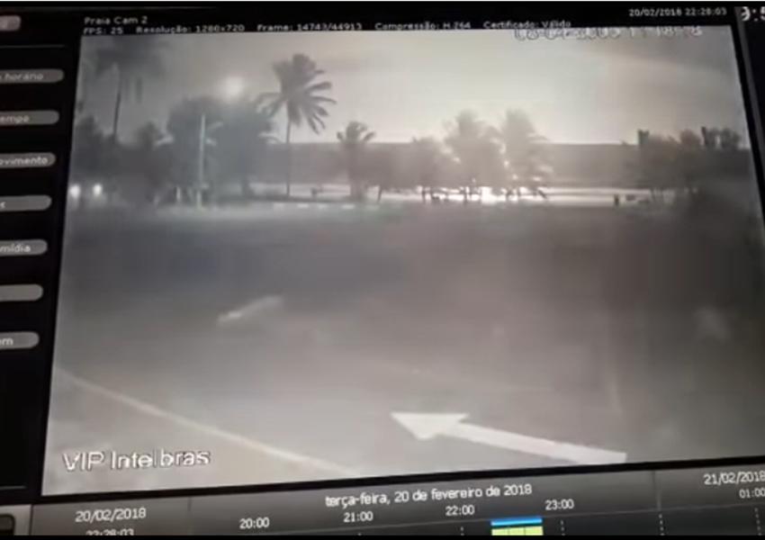 'Clarão no céu' é registrado por câmeras de segurança em Salvador