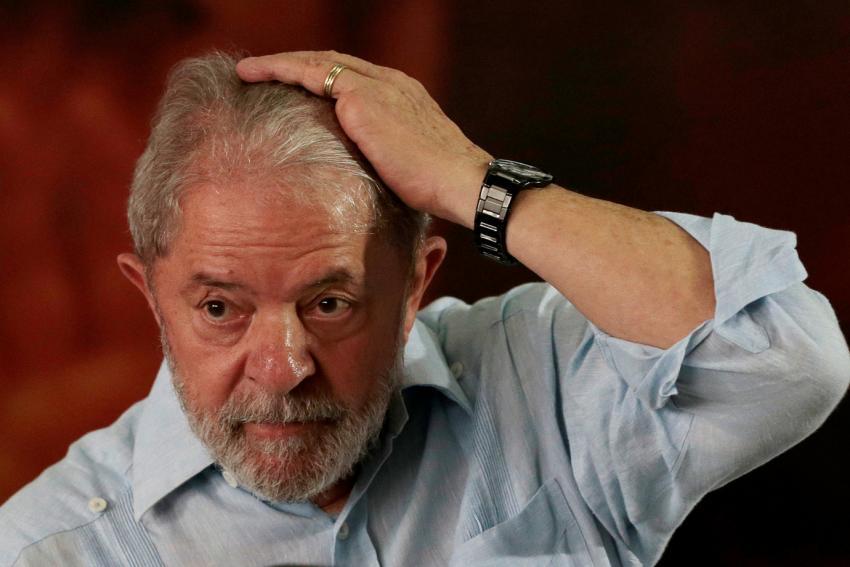 TRF4 rejeita recurso de Lula e mantém condenação à prisão