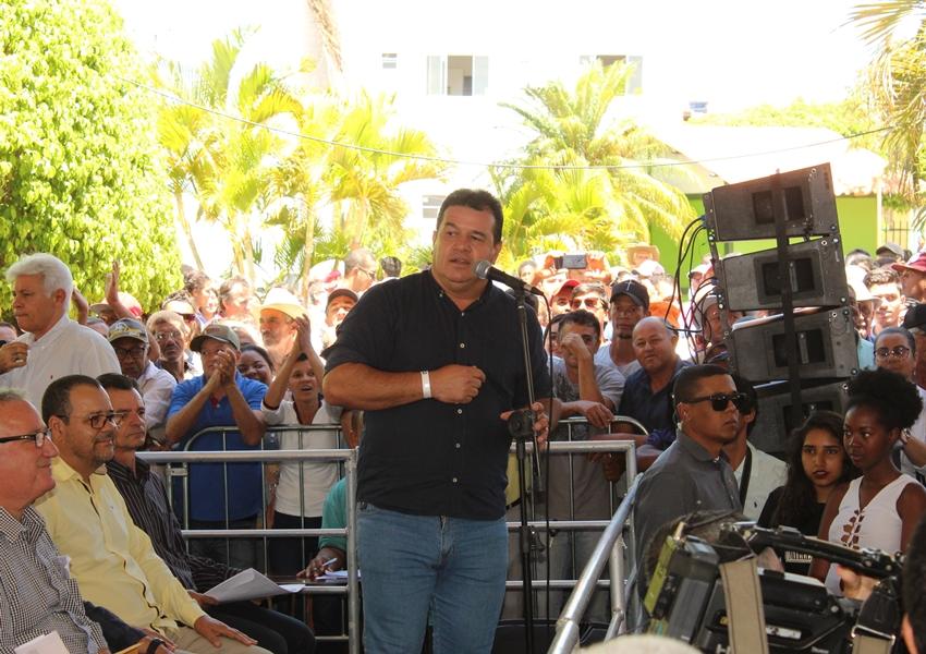 Deputado Marquinho Viana comemora recuperação de estrada que liga Érico Cardoso a Paramirim