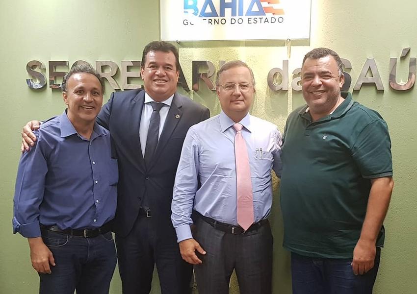 Prefeito de Livramento se reúne com secretário estadual de Saúde Fábio Vilas boas