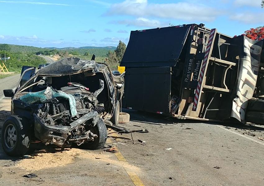 BA-262: três pessoas morrem em acidente no trecho entre Conquista-Anagé