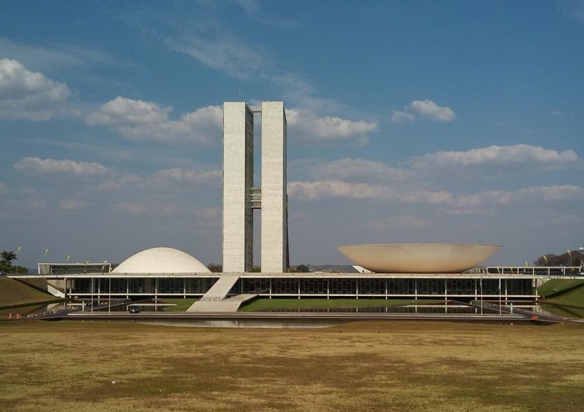 Senado aprova intervenção no Rio de Janeiro