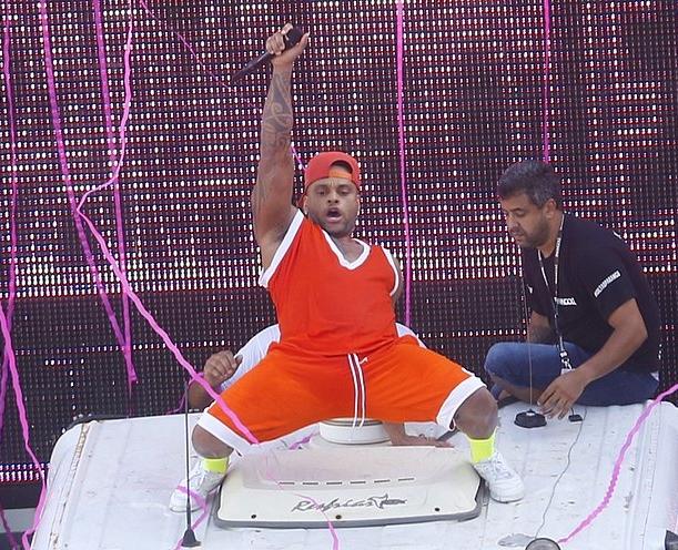 Abaixa Que é Tiro é a música do Carnaval de 2019