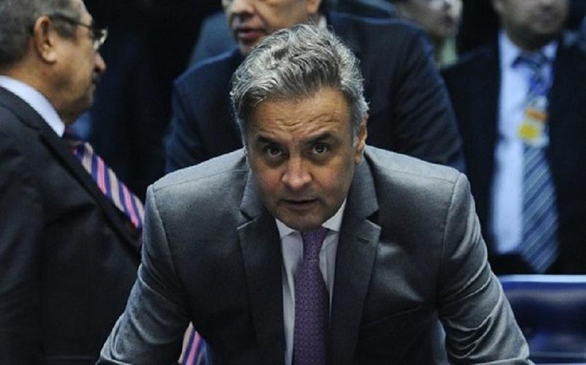 STF determina que votação sobre afastamento de Aécio Neves será aberta