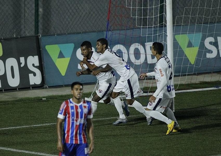 Bahia de Feira derrota Bahia por 3×0 e fará final do interior no Campeonato Baiano