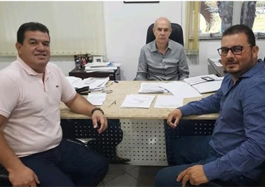 Deputado Marquinho Viana com e prefeito de Boquira, participam de audiência na CERB