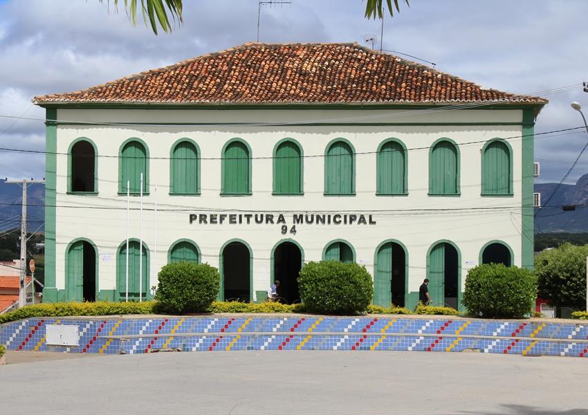 Livramento: Prefeito sanciona lei que veda a nomeação e contratação de parentes no âmbito da administração municipal