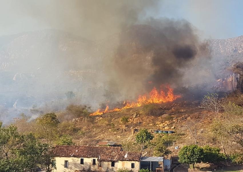 Livramento: Incêndio em Balneário Municipal atinge rede fibra óptica da Maxxnet