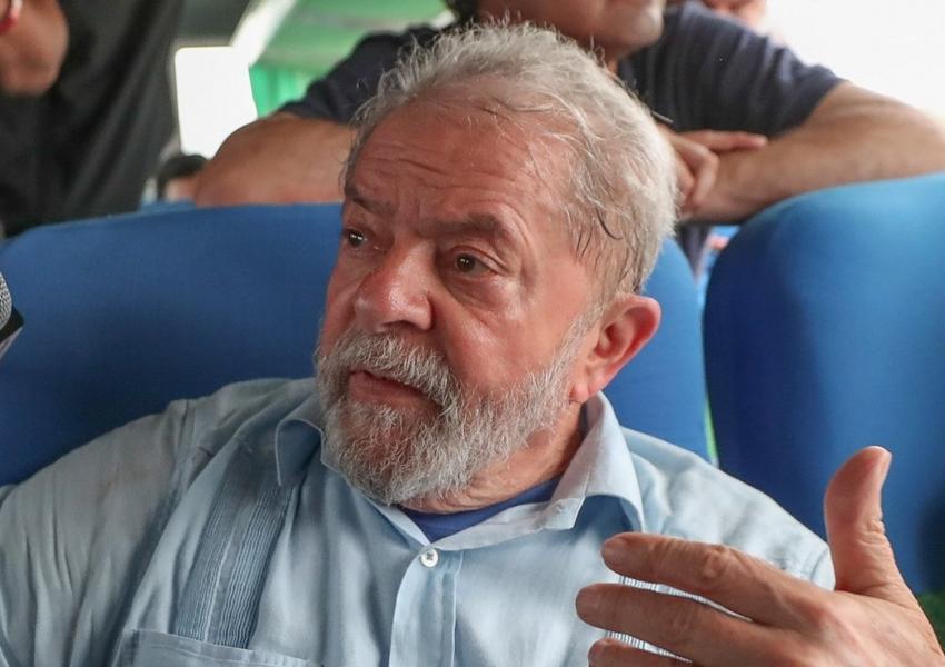 Com R$ 381 mil, Lula lidera arrecadação via vaquinha virtual