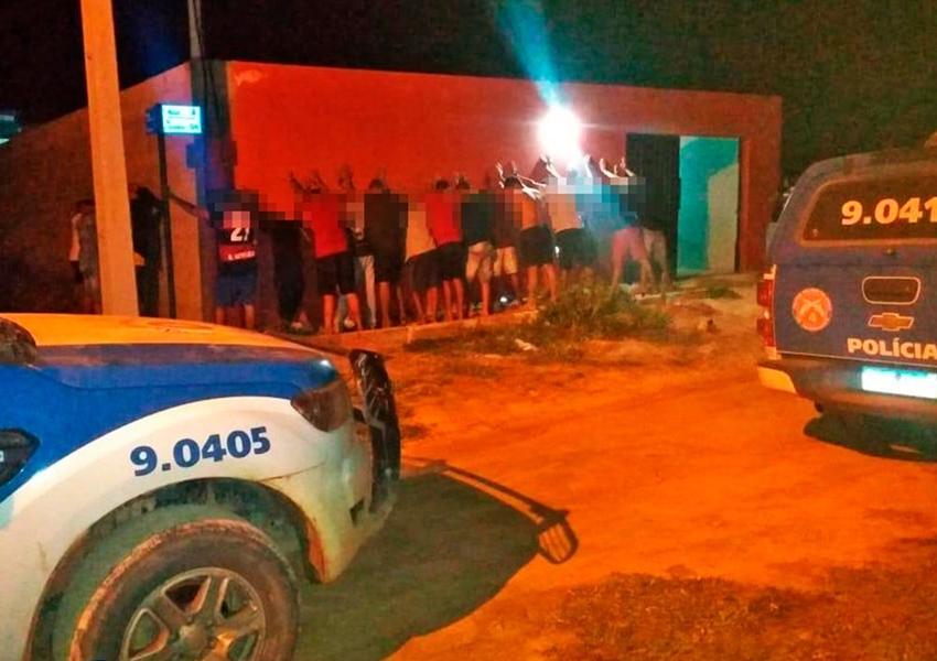 Oliveira dos Brejinhos: Polícia Militar é acionada e festa clandestina é encerrada