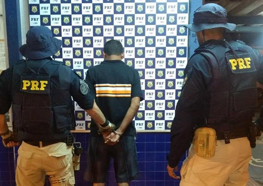 PRF prende em Jequié foragido da Justiça por crimes contra o meio ambiente
