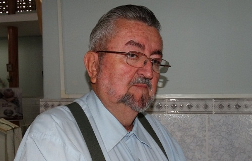 Padre é atingido com golpes de facão em está em coma em hospital de Feira de Santana