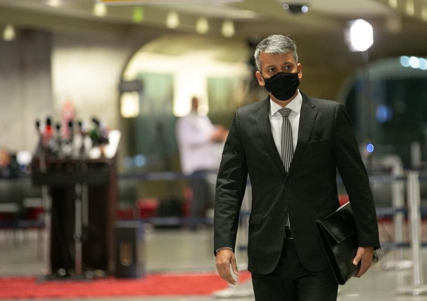 Ex-diretor da Saúde é preso acusado de mentir à CPI da Covid