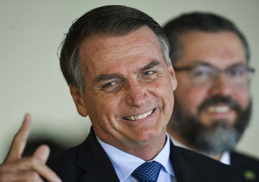 Bolsonaro diz que Ministério da Infraestrutura vai ampliar validade da CNH