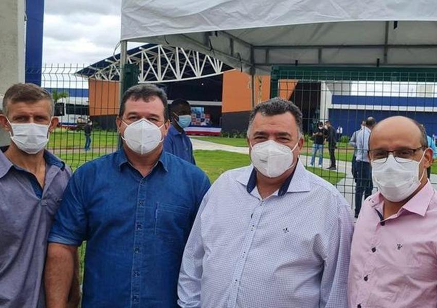 Prefeito de Livramento e Presidente da Câmara participam de inauguração da Policlínica em Brumado