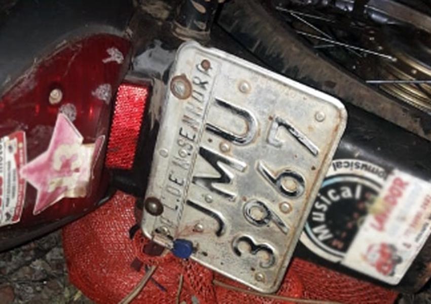 Motociclista de 51 anos morre após colisão entre moto e caminhão na BA-148, entre Livramento e Dom Basílio
