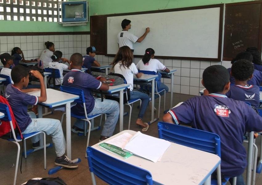 Enem: Nenhuma escola da rede pública da Bahia aparece entre as 100 primeiras do estado