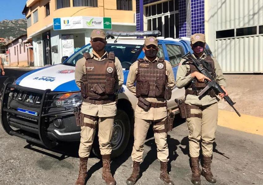 Macaúbas: 4ª CIPM recebe nova viatura para reforçar o patrulhamento no município