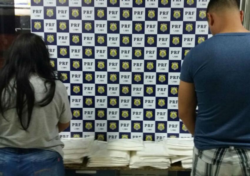 Conquista: Colombiano é preso com 20 kg de cocaína escondida em mala e diz que receberia R$ 5 mil pelo transporte