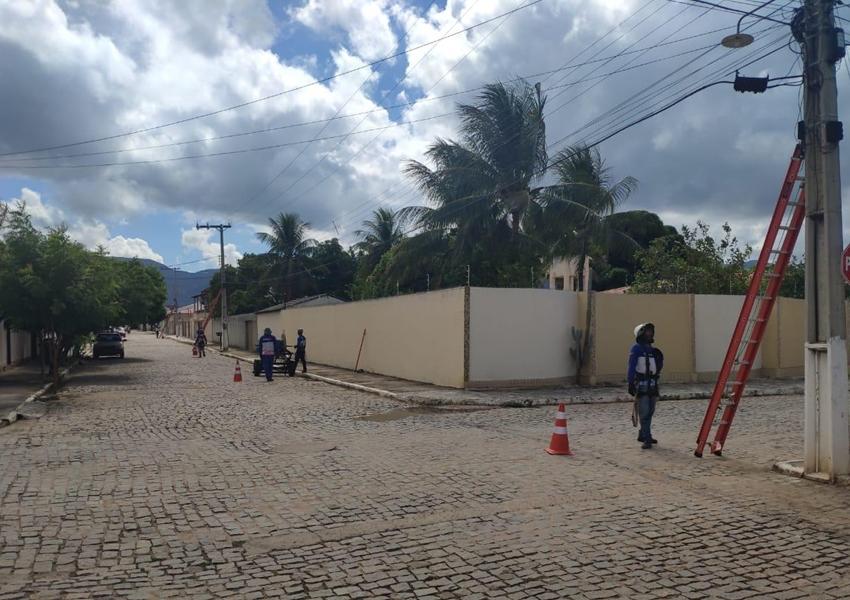 Maxxnet está implantando internet fibra óptica em Bairros de Livramento e Rio de Contas