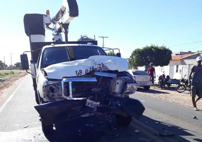 Paramirim: Motociclista morre após colisão frontal entre moto e carro na BA-152