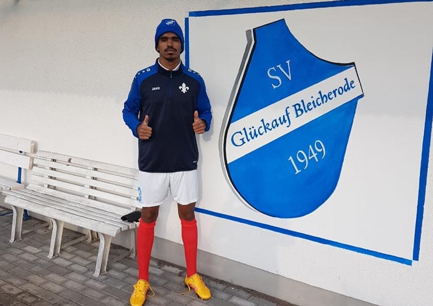 Esporte: Jovem morador de Livramento assina com clube alemão de futebol